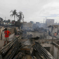 New Year firecrackers leave one dead and 380 injured in Philippines