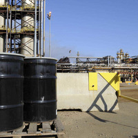 Crude oil prices fall to 11-year low