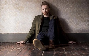 Cool and uncool: Newton Faulkner on Human Nature