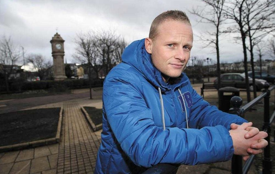 Flag protesters hit out at Jamie Bryson and Ruth Patterson
