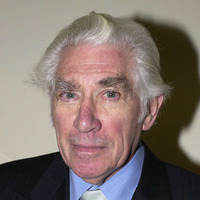 Tributes pour in as actor Frank Finlay dies aged 89