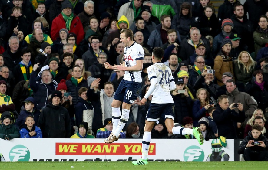 Tottenham hit three at Norwich to overtake Arsenal