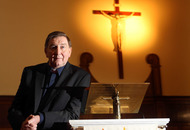 Enniskillen's Songs of Praise special to honour Terry Wogan