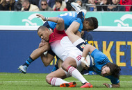 Disappointing France survive opening day scare to beat Italy