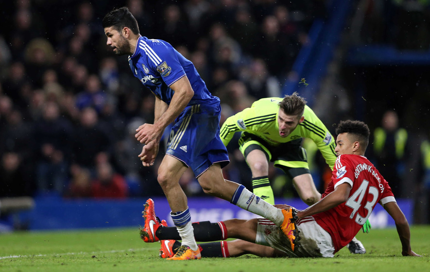 Diego Costa strikes late to deny United victory at the Bridge