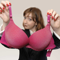 Banks, bras and going bust in new play Love Or Money