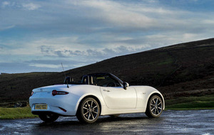 Mazda MX-5 - a sports car for all seasons