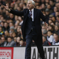 Pardew talked up FA Cup at half-time against Tottenham