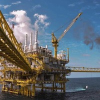 Oil still in charge as investment growth drops