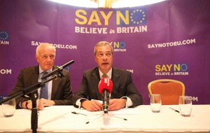Brexit: Nigel Farage and Sammy Wilson at Belfast rally