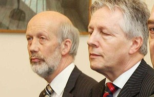Nama: Peter Robinson had 'major errors of judgement' says justice minister