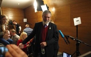 Gerry Adams calls on Fine Gael and Fianna Fáil to form government