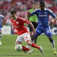 Nicolas Gaitan and Talisca strike to send Benfica through