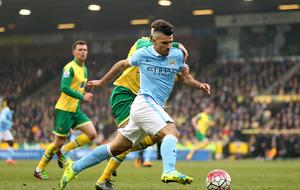 Pellegrini won't give up hope of Premier League title