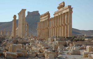 Syrian troops push into ancient town held by Islamic State