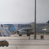 Reports an Irish national on board hijacked EgyptAir flight