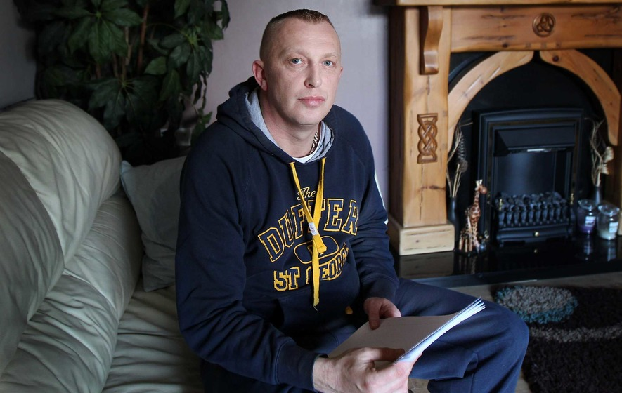 'Paedophile hunter' fails to appear in court for ruling appeal