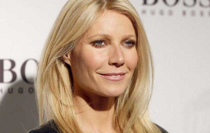 Gwyneth Paltrow gets stung by bees because she wants to