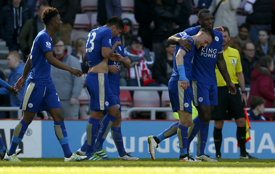 Jamie Vardy at the double to edge Leicester closer to title