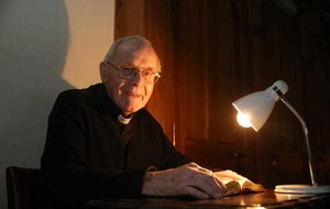 Priest recalls Blitz as church prepares to honour war dead