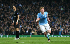 Manchester City into last four with win over PSG