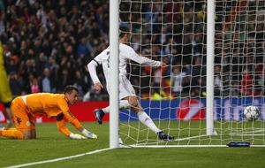 Cristiano Ronaldo hat-trick sees Real Madrid past Wolfsburg