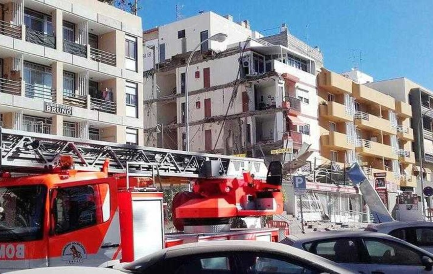 At least one dead in Tenerife building collapse