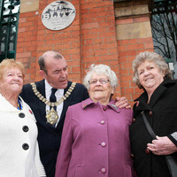 Belfast Blitz: Plaque unveiled to mark 75th anniversary