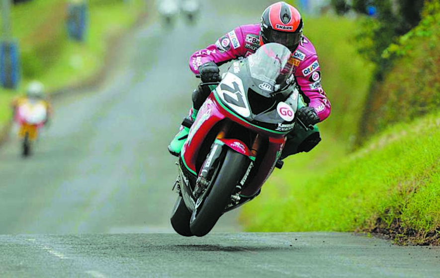 Ryan Farquhar wins twice in record-breaking Tandragee visit