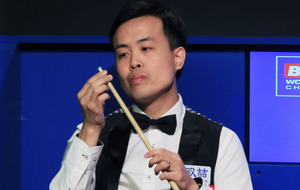 Marco Fu overcomes tip trouble in gripping tie with Mark Selby
