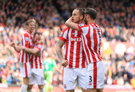 Defoe rescues precious point for Sunderland against Stoke