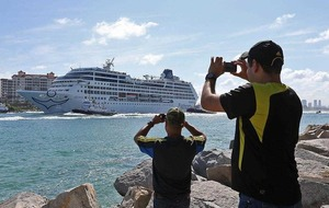 First US cruise ship docks in Havana for first time in 40 years