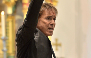 Sir Cliff Richard: Prosecutors handed police file on historical sex abuse allegations