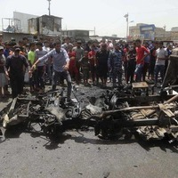 IS bomb kills dozens in Baghdad market