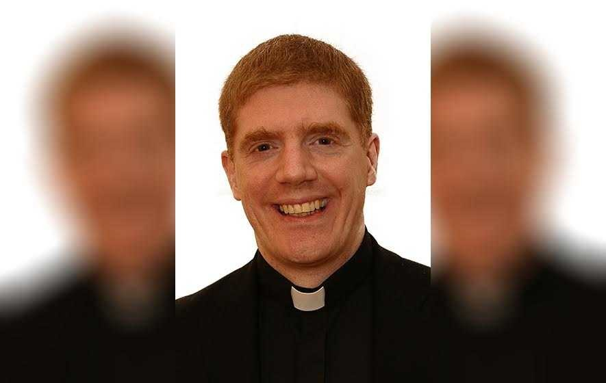 Support for priest who posted pictures on gay dating website