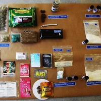 Most shops no longer selling 'legal highs', says chief medical officer