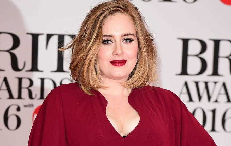 Adele 'to sign £90 million record contract deal'
