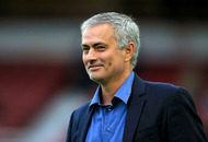 Manchester United prepare to name Jose Mourinho as new manager