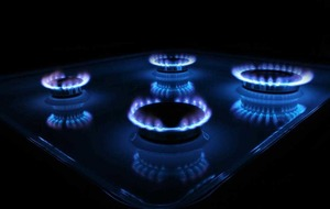 Wholesale gas prices rebound - but still down a third down on last year