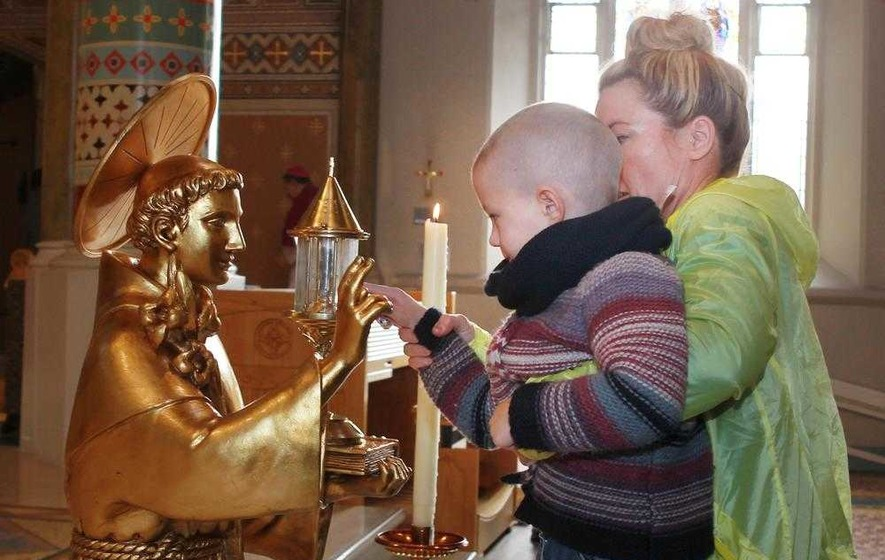 Visit of St Anthony's relics to Derry and Armagh