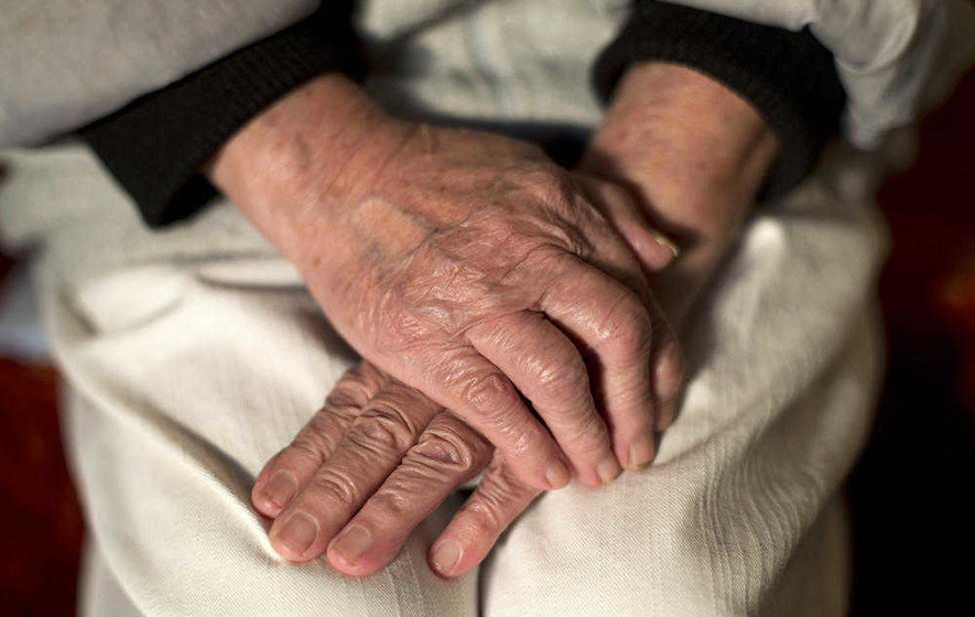 New study casts doubt over link between cholesterol and heart disease in older people
