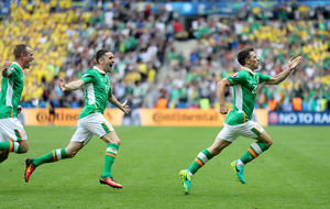 Republic of Ireland squad is a tight unit and will bounce back says Wes Hoolahan