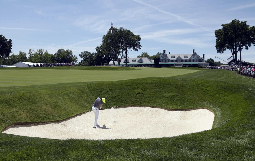 Battling Rory McIlroy misses the cut at US Open
