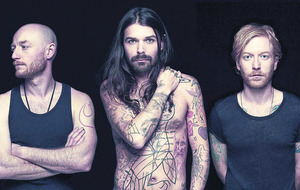 'Taps aff' for Biffy Clyro at Belsonic