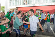 Fans hail Republic of Ireland Euro 2016 soccer heroes on return home to Dublin