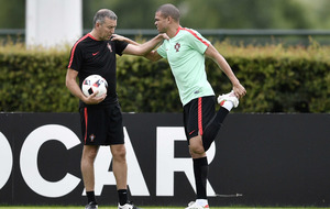 Fernando Santos stays silent over fitness of Portugal's Pepe