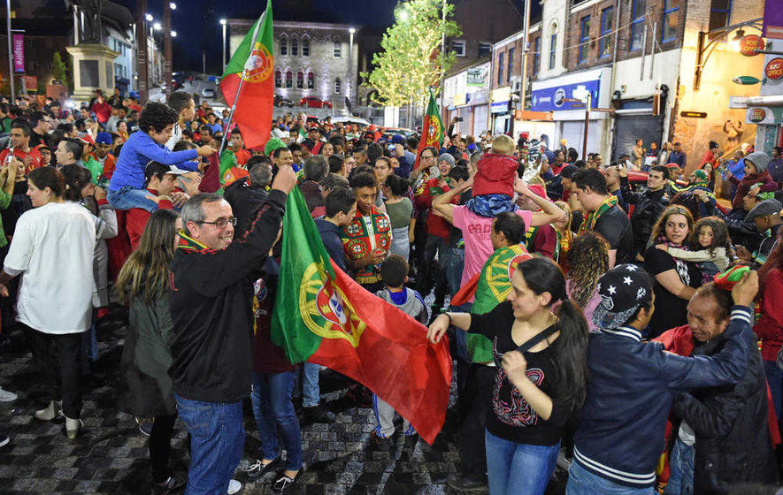 Portuguese fans celebrate Euro 2016 win on Dungannon streets