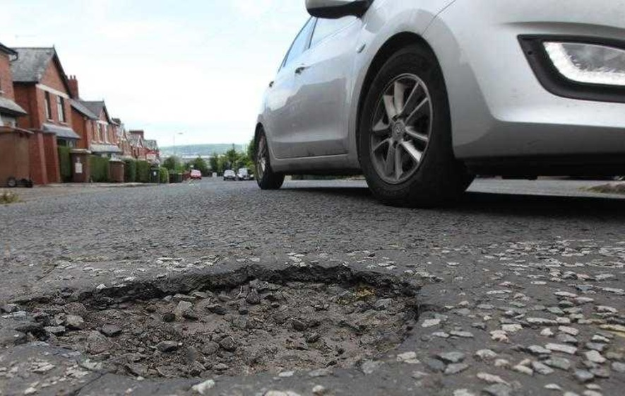 £1m paid in compensation to drivers of cars damaged by road defects