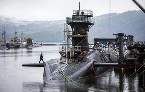 MPs vote to renew £40bn Trident nuclear programme