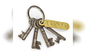 Titanic keys among out of the ordinary auction items